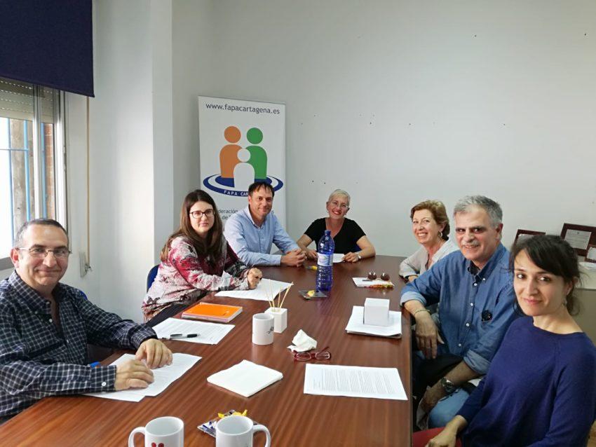 Reunión de FAPA Cartagena y Comarca con Asamblea de Docentes de Cartagena